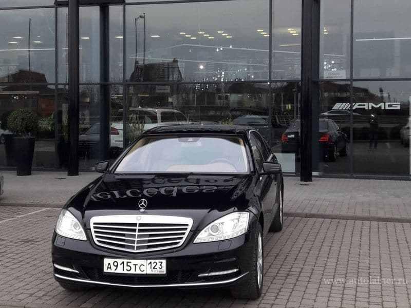 Mercedes S-класс W221, черный